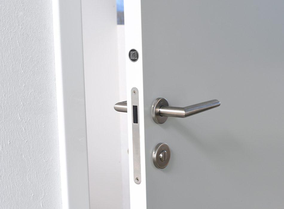 hanak-dvere-lite-bile_950x700